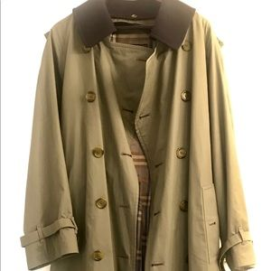 Vintage Burberry's olive green trench coat 40 R